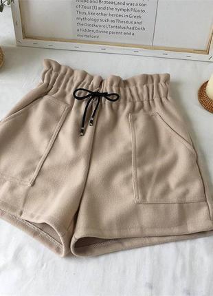 Тёплые шорты .