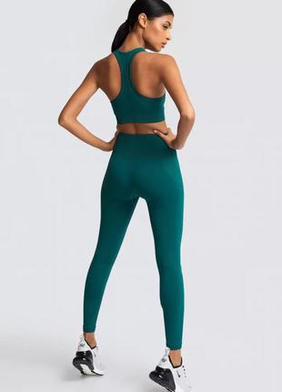 Женский спортивный костюм для фитнеса зеленый