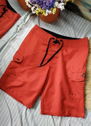 Крутые легкие красные шорты с карманами