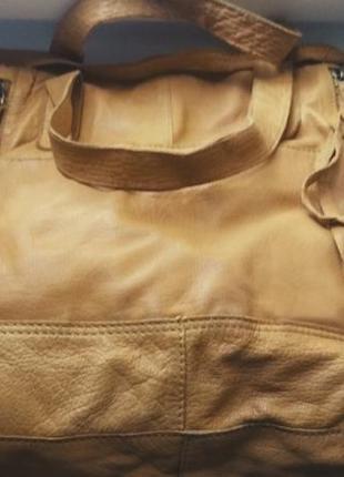 💛 вместительная кожаная сумка с китицами