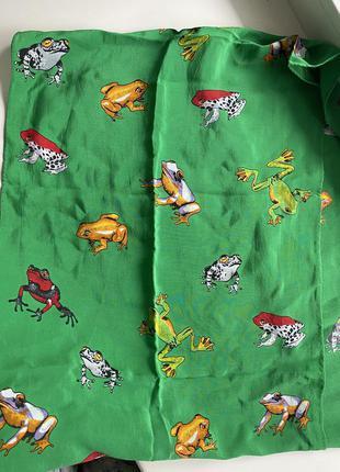 Брендовых яркий шарф платок с принтом лягушек 🐸 lj