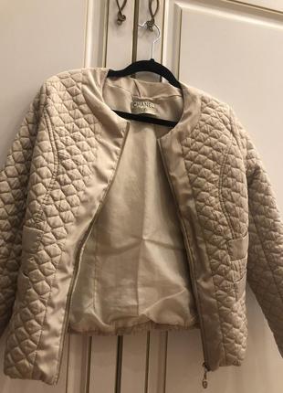 Курточка шанель