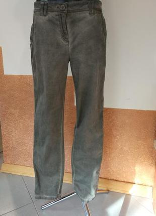 Фирменные, стильные, удобные, повседневные джинсы.