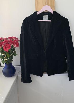Чёрный велюровый пиджак