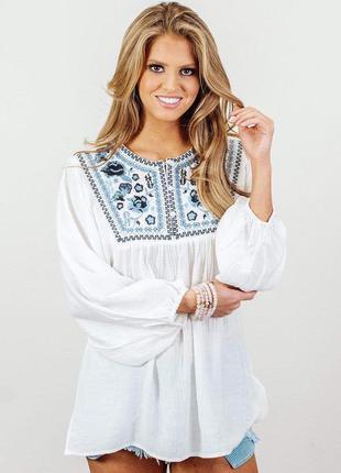 Красивая блуза в этно стиле с пышным рукавом