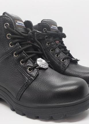 Кожаные удобные стильные ботинки skechers still toe на широкую ногу оригинал