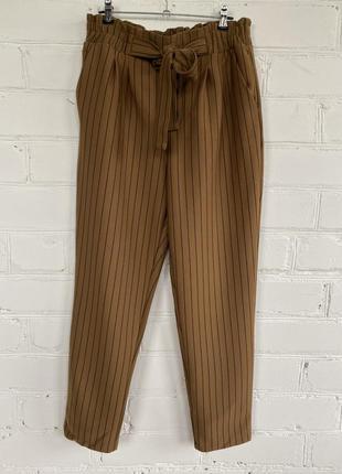 Базовые укорочённые штаны с завышенной талией stradivarius, повседневные брюки