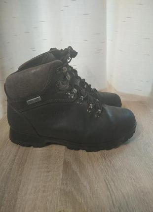 Треккинговые кожаные зимние ботинки brasher