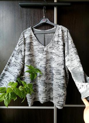 Шикарная блуза блузка реглан свитер. фактурная ткань.fc jeans