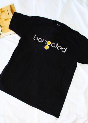 Черная футболка fruit of the loom