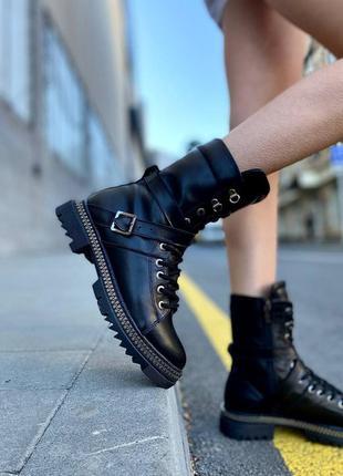 Черные кожаные ботинки демисезонные