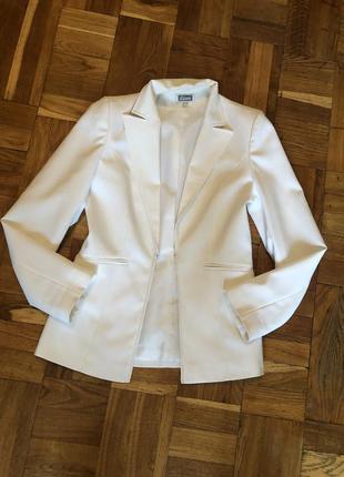 Пиджак жакет белый etam