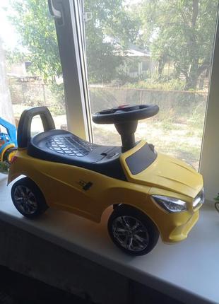 Машинка толокар с мр3