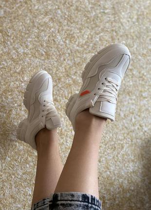 Легесеньки кросівки