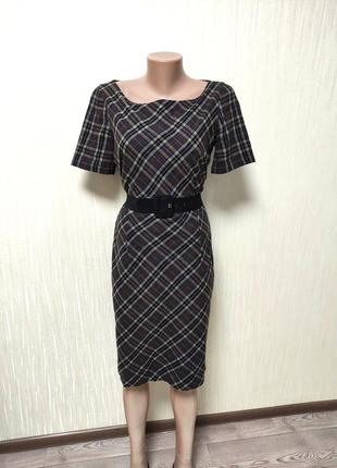Женское шерстяное деми платье ниже колена с поясом в клетку
