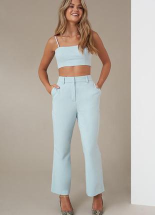 Шикарный брюки с высокой посадкой клёш укороченные