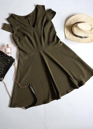 Club l оливкова хакі міді сукня з відкритими плечима батал