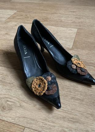 Винтажные кожаные туфли prada