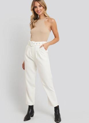 Шикарные брюки штаны стильные классические бананы с защипами с поясом высокой посадкой ремнём
