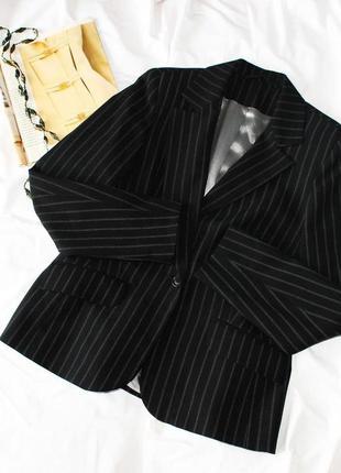 Черный пиджак в полоску new look