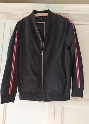 Курточка ❤️💙💚ветровка