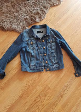 Love moschino джинсова куртка
