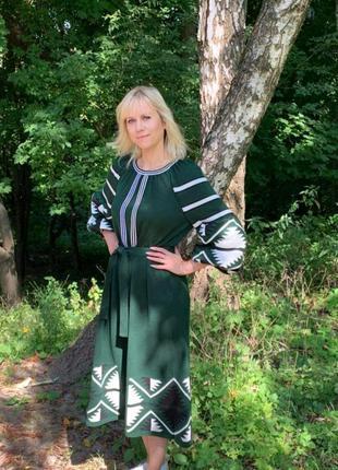 Стильна сукня в етностилі вязана вишиванка