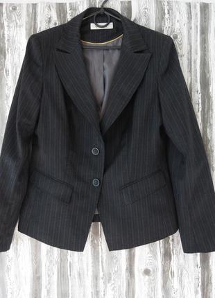 Классический брючный костюм в полоску размер 50-52