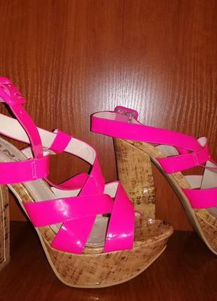 💖💖💖женские яркие новые летние босоножки на толстом каблуке 38 р. snz women💖💖💖