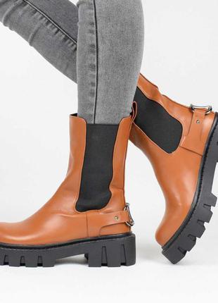 Стильные коричневые рыжие осенние деми ботинки на тракторной подошве резинке челси модные сапоги