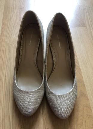 Блестящие туфли на каблуку туфлі туфельки туфлики