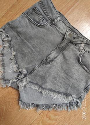 Короткие шорты джинс