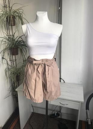 Крутые базовые шорты от uniqlo