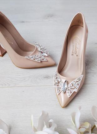 Нарядные туфли с брошкой, каблук рюмочка, скидка