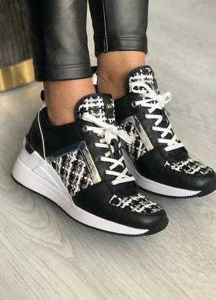 Женские модные кроссовки кеды michael kors