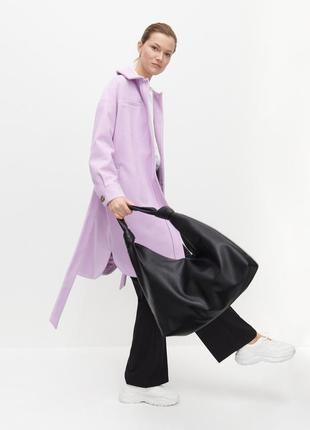 Лавандовое пальто рубашка