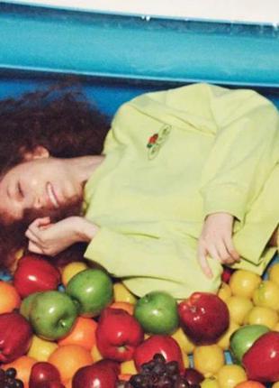 Свитшот zara укороченный свитер толстовка зара зелёный салатовый фруктовый принт р-р s 36 26
