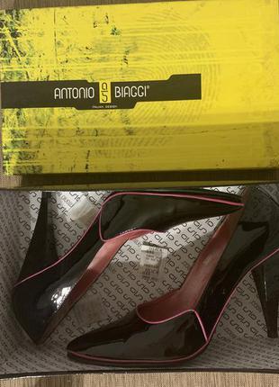 Туфли лодочки antonio biaggi лак, натуральная кожа.