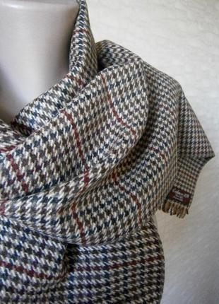 Красивый, стильный шарф в гусиную лапку из кашемира и шерсти.