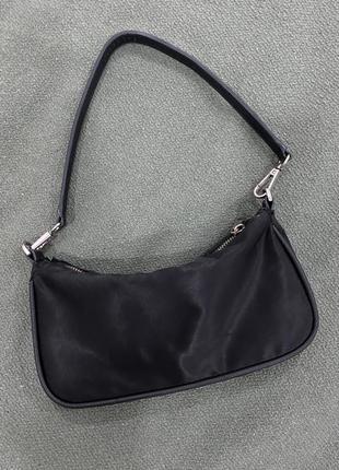 Черная сумка-багет zara