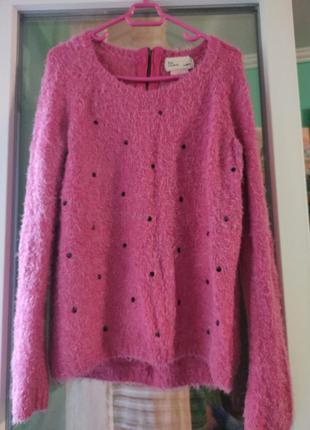 Клубничный свитер