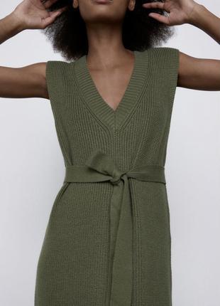 Zara нова трикотажна сукня