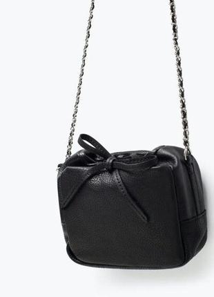 Zara натуральная кожа,клевая сумочка кроссбоди на цепочке