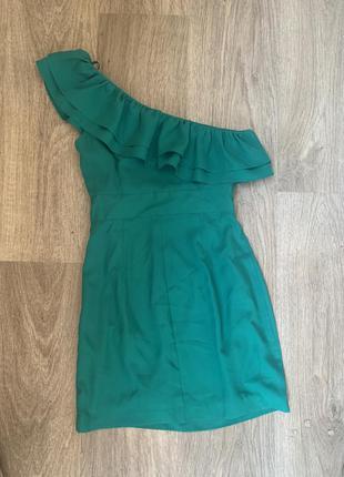Платье на одно плечо обмен