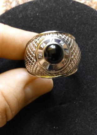 Крупное кольцо фирмы zeades 23 размера.