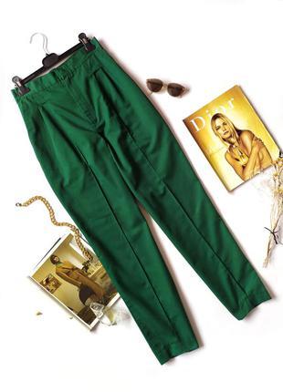 Зеленые изумрудные штаны брюки мом на высокой посадке