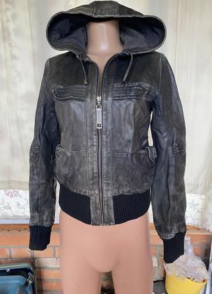 100% кожа / шкіра !! шикарна курточка