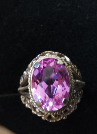 Шикарное кольцо серебро в позолоте с розовым аметистом ссср 21 размер