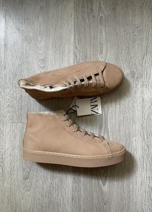 Шкіряні черевики zara