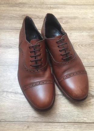 Кожанные туфли massimo dutti,на 40 р